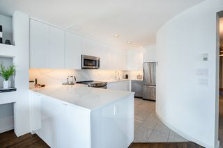 Photo 8: 403 1888 ALBERNI STREET in Vancouver: West End VW Condo for sale (Vancouver West)  : MLS®# R2465754