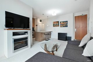 Photo 6: 3007 1189 MELVILLE Street in Vancouver: Coal Harbour Condo for sale (Vancouver West)  : MLS®# R2470957