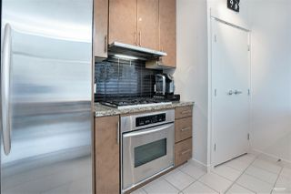 Photo 10: 3007 1189 MELVILLE Street in Vancouver: Coal Harbour Condo for sale (Vancouver West)  : MLS®# R2470957