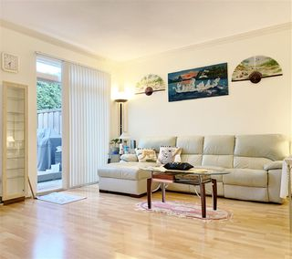 "Photo 9: 28 9800 KILBY Drive in Richmond: West Cambie Townhouse for sale in ""Deserts Oaks"" : MLS®# R2472654"