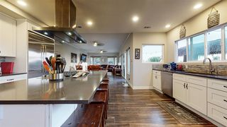 Photo 7: House for sale : 4 bedrooms : 4670 Sunburst Road in Carlsbad