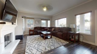 Photo 10: House for sale : 4 bedrooms : 4670 Sunburst Road in Carlsbad