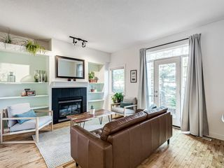 Photo 3: 1 3718 16 Street SW in Calgary: Altadore Row/Townhouse for sale : MLS®# A1029418