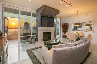 Photo 3: DOWNTOWN Condo for sale : 2 bedrooms : 550 Front St. #1706 in San Diego