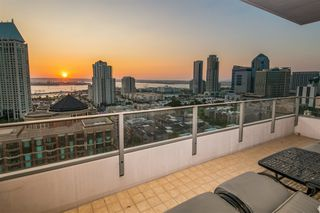 Photo 8: DOWNTOWN Condo for sale : 2 bedrooms : 550 Front St. #1706 in San Diego
