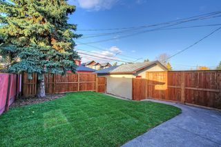 Photo 27: 228 27 Avenue NW in Calgary: Tuxedo Park Semi Detached for sale : MLS®# A1043141