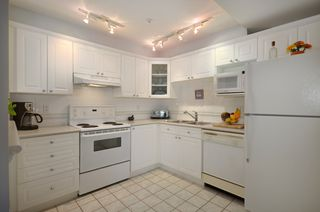 """Photo 6: 316 128 W 8TH Street in North Vancouver: Central Lonsdale Condo for sale in """"THE LIBRARY"""" : MLS®# V958472"""