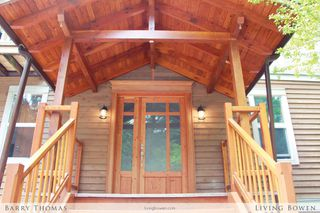 Main Photo: 734 Grafton Road: Bowen Island House for sale : MLS®# V1063547