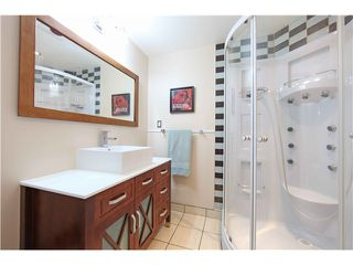 Photo 13: 5611 CLAUDE AV in Burnaby: Burnaby Lake House Duplex for sale (Burnaby South)  : MLS®# V1068608