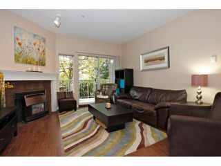 Photo 4: # 106 5489 201ST ST in Langley: Langley City Condo for sale : MLS®# F1426077