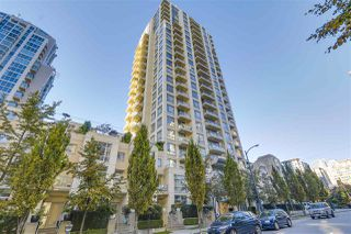 Photo 1: 2402 1225 RICHARDS STREET in Vancouver: Downtown VW Condo for sale (Vancouver West)  : MLS®# R2115954