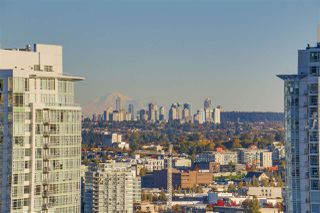 Photo 10: 2402 1225 RICHARDS STREET in Vancouver: Downtown VW Condo for sale (Vancouver West)  : MLS®# R2115954