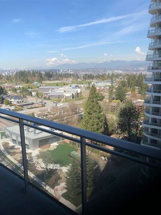 "Photo 3: 1602 13308 CENTRAL Avenue in Surrey: Whalley Condo for sale in ""EVOLVE"" (North Surrey)  : MLS®# R2404688"