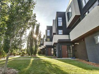 Photo 1: 10174 143 Street in Edmonton: Zone 21 Townhouse for sale : MLS®# E4173983