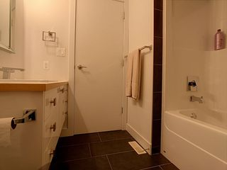 Photo 5: 10174 143 Street in Edmonton: Zone 21 Townhouse for sale : MLS®# E4173983