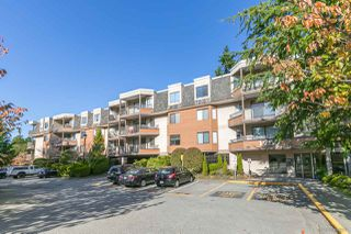 "Photo 1: 215 1720 SOUTHMERE Crescent in Surrey: Sunnyside Park Surrey Condo for sale in ""Capstan Way"" (South Surrey White Rock)  : MLS®# R2415957"