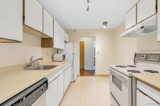 """Photo 3: 215 1720 SOUTHMERE Crescent in Surrey: Sunnyside Park Surrey Condo for sale in """"Capstan Way"""" (South Surrey White Rock)  : MLS®# R2415957"""