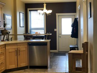 Photo 3: 10416 69 Avenue in Edmonton: Zone 15 Townhouse for sale : MLS®# E4182461