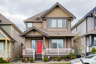 """Photo 2: 6695 193 Street in Surrey: Clayton House for sale in """"Copper Creek Moscone"""" (Cloverdale)  : MLS®# R2427579"""