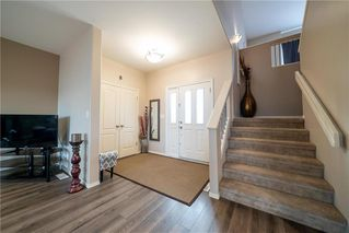 Photo 3: 3 Goldfinch Way in Winnipeg: South Pointe Residential for sale (1R)  : MLS®# 202008361
