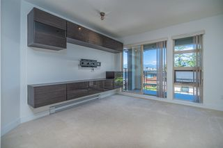 """Photo 3: 307 738 E 29TH Avenue in Vancouver: Fraser VE Condo for sale in """"CENTURY"""" (Vancouver East)  : MLS®# R2482303"""