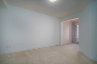"""Photo 11: 307 738 E 29TH Avenue in Vancouver: Fraser VE Condo for sale in """"CENTURY"""" (Vancouver East)  : MLS®# R2482303"""