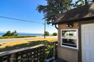 Photo 2: 2820 S Island Hwy in : CR Campbell River South House for sale (Campbell River)  : MLS®# 851513