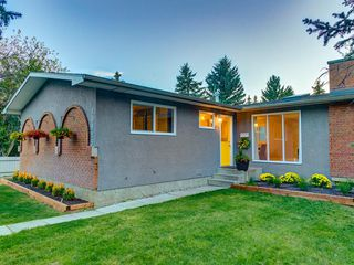 Main Photo: 10815 BRAE Place SW in Calgary: Braeside Detached for sale : MLS®# A1034916