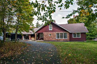 Photo 1: 114 Thomas Street in Lake Echo: 31-Lawrencetown, Lake Echo, Porters Lake Residential for sale (Halifax-Dartmouth)  : MLS®# 202020224