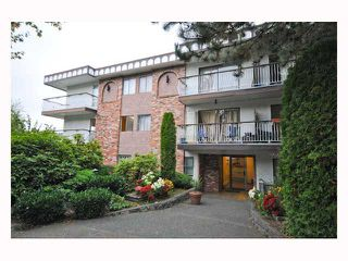 "Main Photo: 107 1611 E 3RD Avenue in Vancouver: Grandview VE Condo for sale in ""Villa Verde"" (Vancouver East)  : MLS®# V928792"