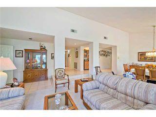 Photo 6: SOUTH ESCONDIDO House for sale : 3 bedrooms : 769 Mockingbird Circle in Escondido