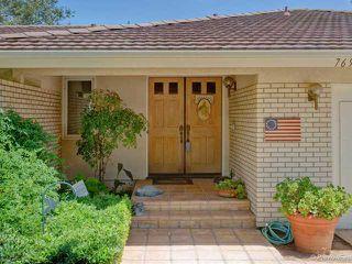 Photo 2: SOUTH ESCONDIDO House for sale : 3 bedrooms : 769 Mockingbird Circle in Escondido