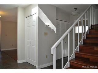 Photo 13: 105 2345 Cedar Hill Cross Rd in VICTORIA: OB Henderson Row/Townhouse for sale (Oak Bay)  : MLS®# 676189