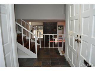 Photo 17: 105 2345 Cedar Hill Cross Rd in VICTORIA: OB Henderson Row/Townhouse for sale (Oak Bay)  : MLS®# 676189