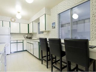 "Photo 13: 5 5585 OAK Street in Vancouver: Shaughnessy Condo for sale in ""SHAWNOAKS"" (Vancouver West)  : MLS®# V1082732"