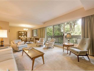 "Photo 2: 5 5585 OAK Street in Vancouver: Shaughnessy Condo for sale in ""SHAWNOAKS"" (Vancouver West)  : MLS®# V1082732"