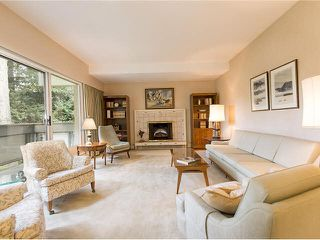 "Photo 3: 5 5585 OAK Street in Vancouver: Shaughnessy Condo for sale in ""SHAWNOAKS"" (Vancouver West)  : MLS®# V1082732"