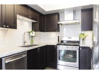 Photo 6: 3160 Prince Edward Street in Vancouver: Mount Pleasant VE Townhouse for sale (Vancouver East)  : MLS®# V1123362