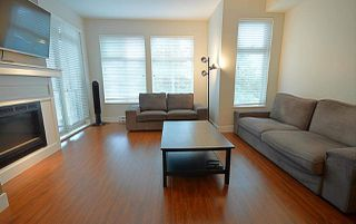 Photo 2: 307 2330 SHAUGHNESSY STREET in Port Coquitlam: Central Pt Coquitlam Condo for sale : MLS®# R2089147