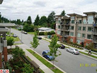 Photo 10: 311 - 33546 Holland Ave in Abbotsford: Central Abbotsford Condo for sale : MLS®# R2209851