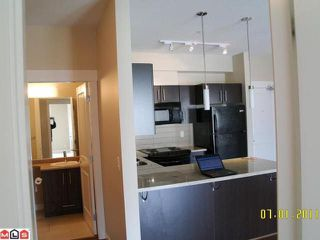 Photo 4: 311 - 33546 Holland Ave in Abbotsford: Central Abbotsford Condo for sale : MLS®# R2209851