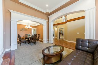 Photo 5: 16776 BEECHWOOD COURT in Surrey: Fraser Heights House for sale (North Surrey)  : MLS®# R2285462