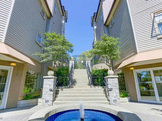 Photo 1: 401 211 TWELFTH STREET in New Westminster: Uptown NW Condo for sale : MLS®# V1135401