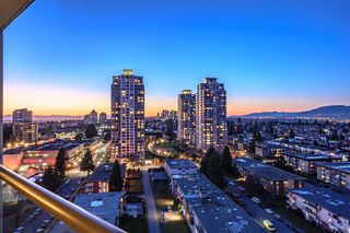 Photo 3: 2101 7325 ARCOLA Street in Burnaby: Highgate Condo for sale (Burnaby South)  : MLS®# R2422486