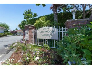 """Photo 19: #14 18939 65 AVE Avenue in Surrey: Cloverdale BC Townhouse for sale in """"GLENWOOD GARDENS"""" (Cloverdale)  : MLS®# R2431167"""