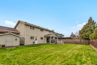 Photo 18: 5239 WALNUT Place in Delta: Hawthorne House for sale (Ladner)  : MLS®# R2438767