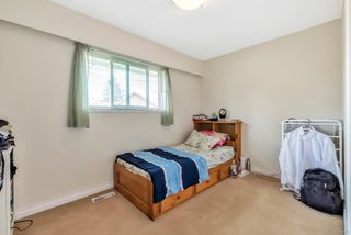 Photo 12: 5239 WALNUT Place in Delta: Hawthorne House for sale (Ladner)  : MLS®# R2438767