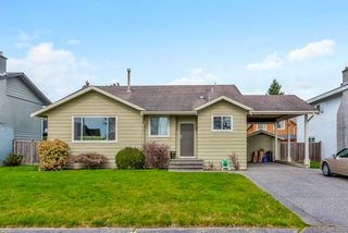 Main Photo: 5239 WALNUT Place in Delta: Hawthorne House for sale (Ladner)  : MLS®# R2438767