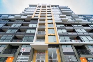 Photo 1: 1101 8688 HAZELBRIDGE Way in Richmond: West Cambie Condo for sale : MLS®# R2450827