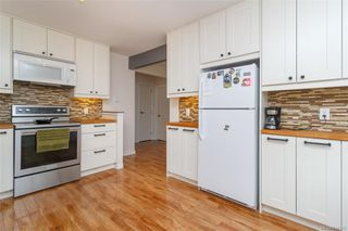 Photo 4: A 621 Kildew Rd in Colwood: Co Hatley Park Single Family Detached for sale : MLS®# 844146